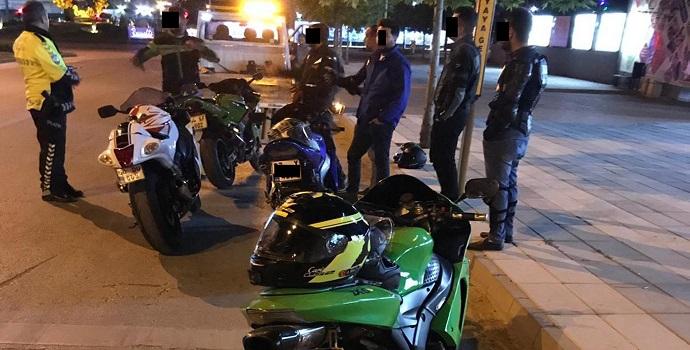 Emniyetten motosiklet mesaisi