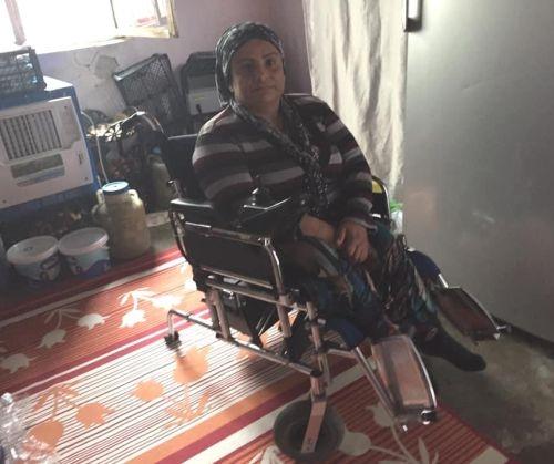 Sandalyesi bozulunca dışarı çıkamıyor