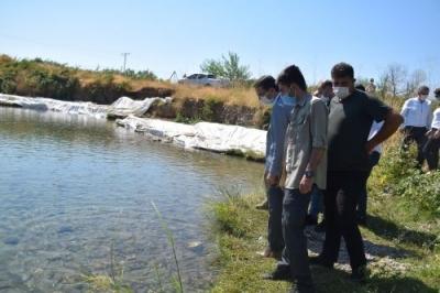 Erzen Balıklıgöl'de inceleme