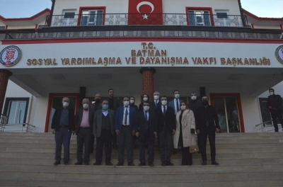 """FELSEFEMİZ HİZMET"""