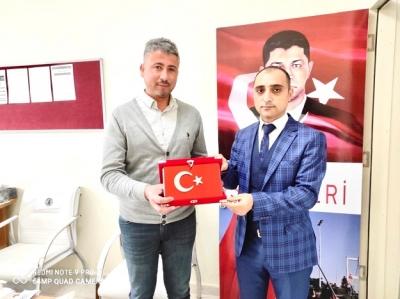 FİLOGRAFİ SANATÇISI EĞİTİMCİ'DEN UĞUR KAFALI YA ZİYARET
