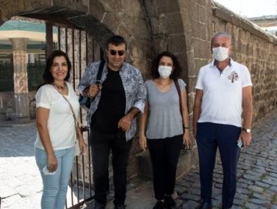 Güneştekin Diyarbakır'da sergi açıyor