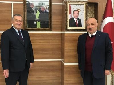 Rizeli Başkan'ndan Rektör Durmuş'a ziyaret