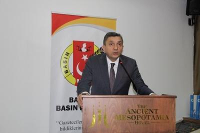 Vali Hulusi Şahin'in 24 Kasım Öğretmenler Günü Kutlama Mesajı